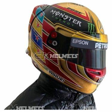 lewis-hamilto-2017-abu-dhabi-gp-f1-replica-helmet-full-size-mal13