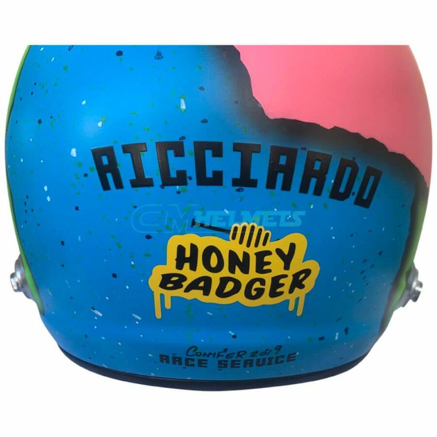 daniel-ricciardo-2019-f1-replica-helmet-full-size-be7